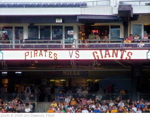 'Pirates vs. Giants' photo (c) 2009, Jon Dawson - license: https://creativecommons.org/licenses/by-nd/2.0/
