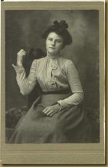Grace in 1906 - age 21