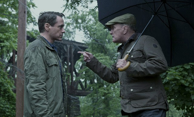 Robert Downey Jr. és Robert Duvall a The Judge első, esős képén