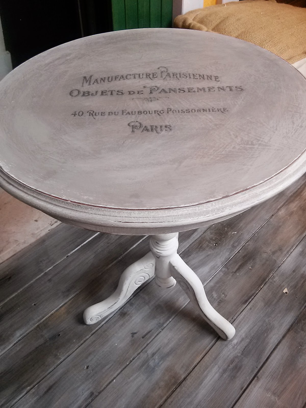 Pennellate Artistiche: Tavolino shabby chic/ shabby chic little table