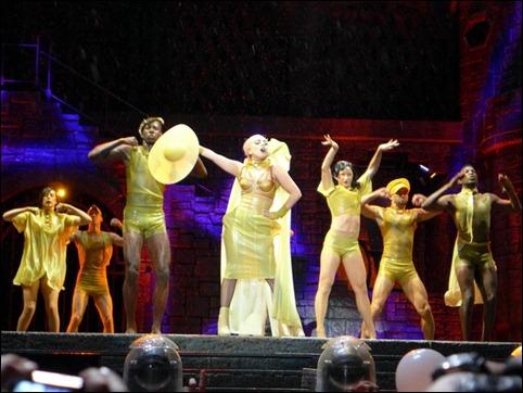 Lady Gaga Tour Rio 02