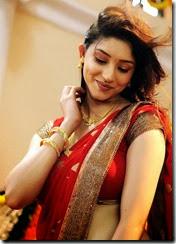 Tanvi Vyas, Rahul Ravindran in Nenem Chinna Pillana Movie Stills
