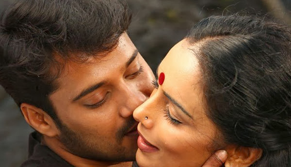 Swetha menon hot kiss photo collection ~ INDIAN CINEMA