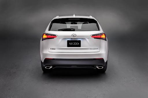2015-Lexus-NX-08.jpg
