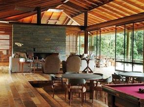 Casa de lujo de madera