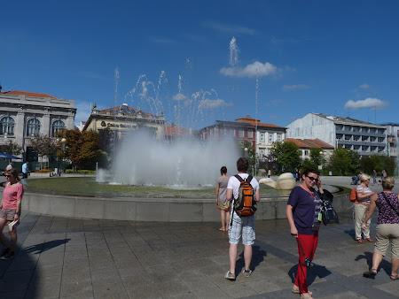 5. piata centrala Braga.JPG