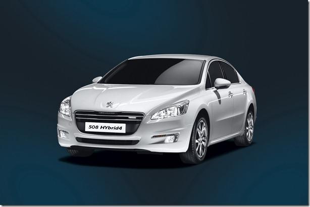 Peugeot-508-Hybrid4-3