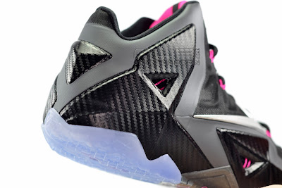 lebron11 miami nights 18 web white The Showcase: Nike LeBron XI Miami Nights Carbon