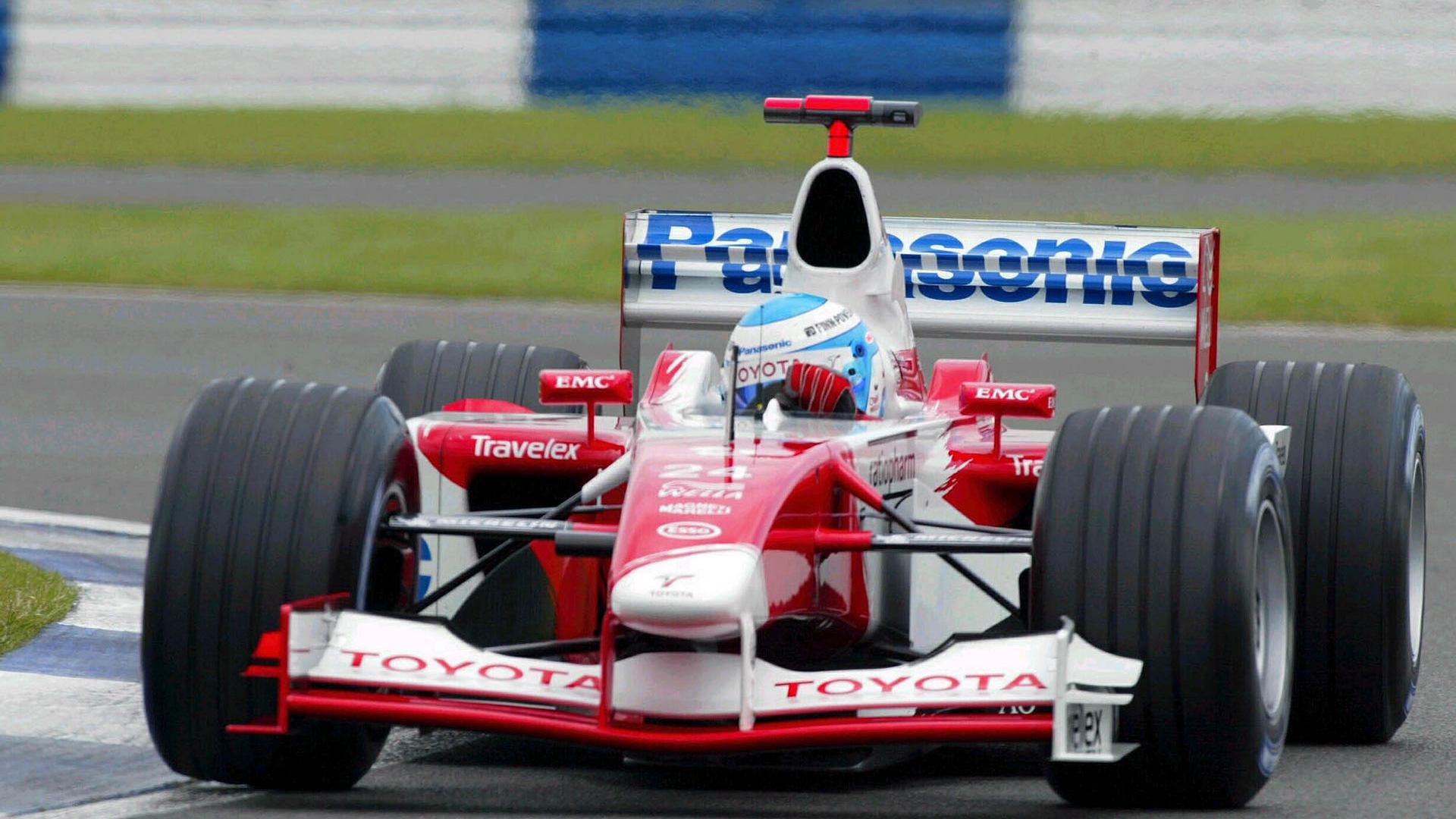 Toyota F1, equipe histórica de Formula 1 de 2002 - by f1-fansite.com