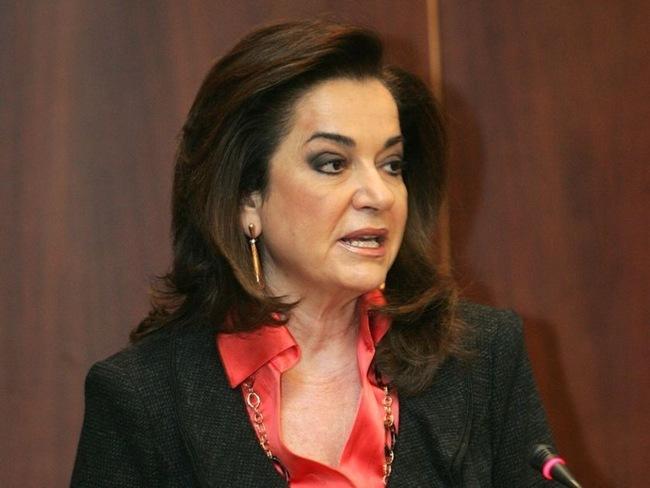 Ντόρα Μπακογιάννη: Να κόψουν 300 εκ. ευρώ από μισθούς και συντάξεις των βουλευτών