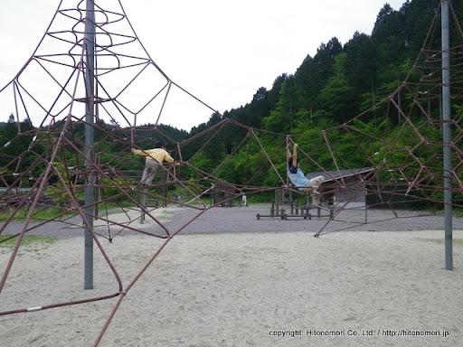 つぐ高原グリーンパークの遊具