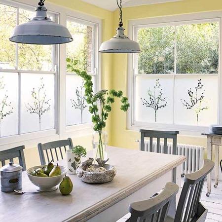 3-2011-2012-best-kitchen-colour-schemes-yellow-kitchen