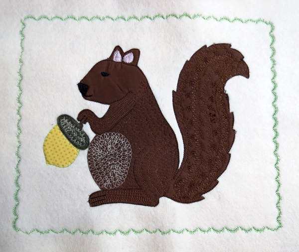 Squirrel Embroidery Appliqe