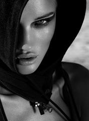 rosie_huntington_whiteley_exit_magazine08