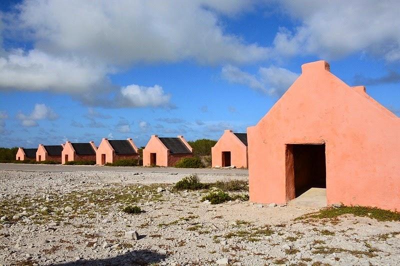 bonaire-slave-huts-1