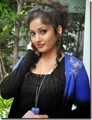 Madhavi_latha_new_pics