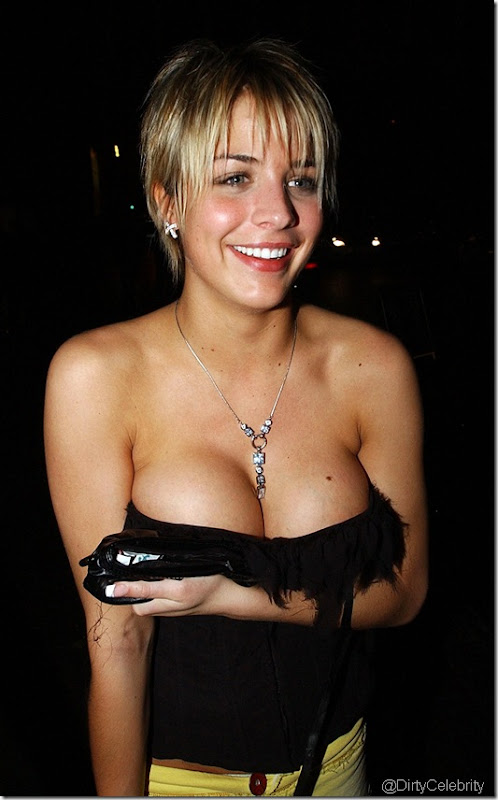 gemma-atkinson-downblouse-12