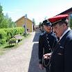 Konduktööri Matti Loukonen ja asemapäällikkö Kari Jokinen Minkiön asemalla.