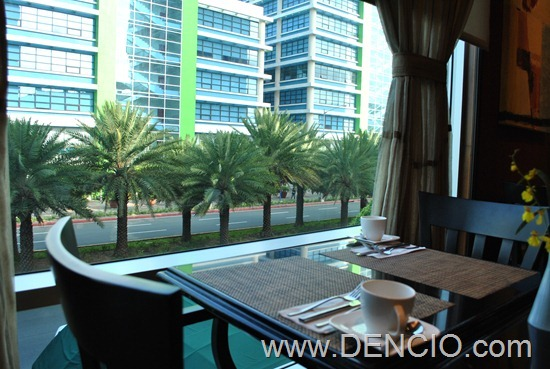 Bellevue Hotel Manila 61