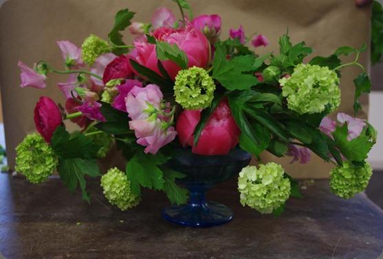 163562_304395069649004_510411290_n emily carter floral designs
