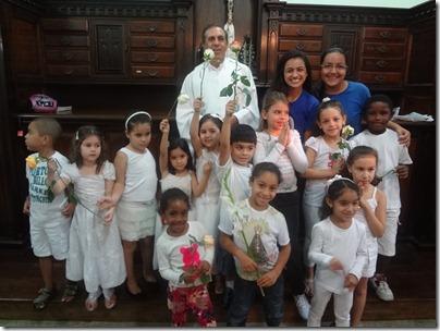 Padre Otaviano, Catequistas e Crianças da Catequese