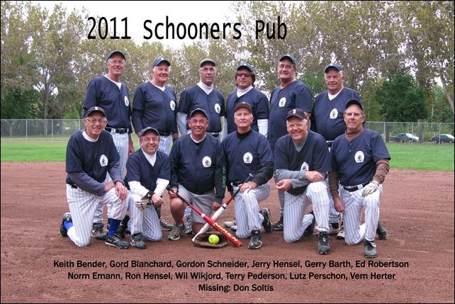 2011 (2010) Slo Pitch - Schooners Pub 002F