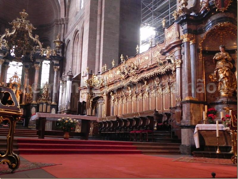 Worms Interior da catedral