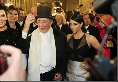 kimkardashian-attends-vienna-ball