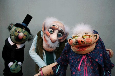 [6-FIMFA-Lx13-Stuffed-Puppet-Theatre%25C2%25A9Wim-Sitvast%255B3%255D.jpg]