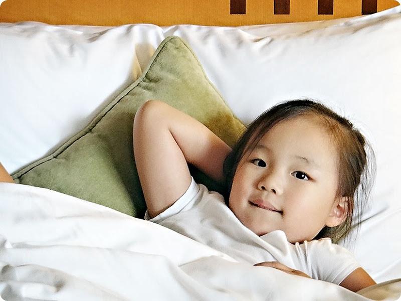 Zoe-in-bed2