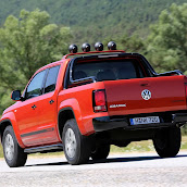 2013-Volkswagen-Amarok-Canyon-5.jpg