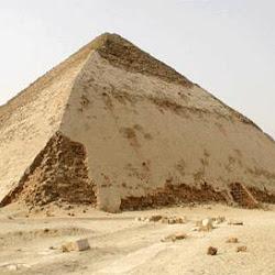 08 - Piramide acodada de Snefru