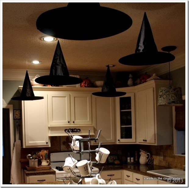 floating witchs' hats for halloween party