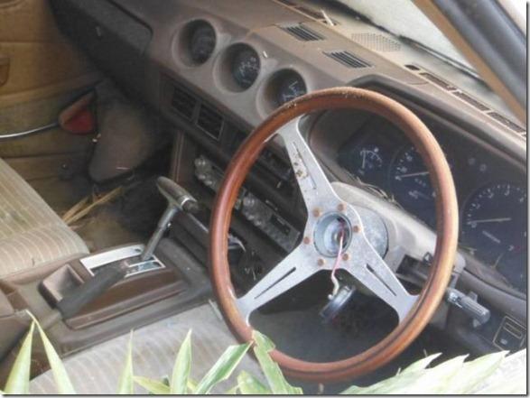 japan-graveyard-old-cars-39