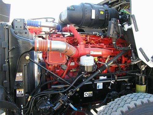 camión Kenworth T800 motor