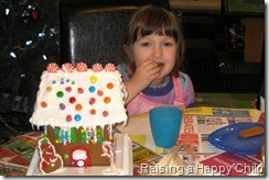 Dec20_GingerbreadHouse