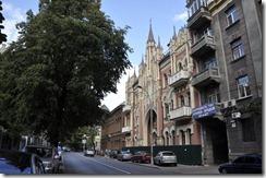 08-22 1 Kiev 066 800X  facade néo gothique et maison chocolat