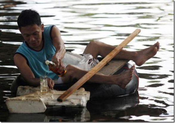 happy-flood-people-47
