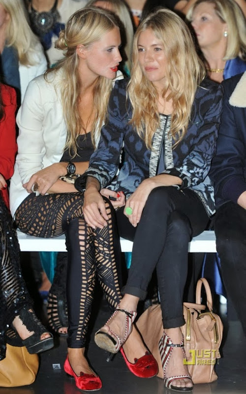 sienna-miller-poppy-delavigne-olympia-simmons-shoes-642x1024