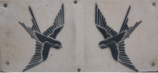Pictures swallow stencil