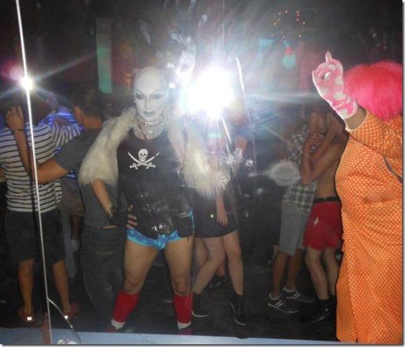 crazy-night-clubs-38