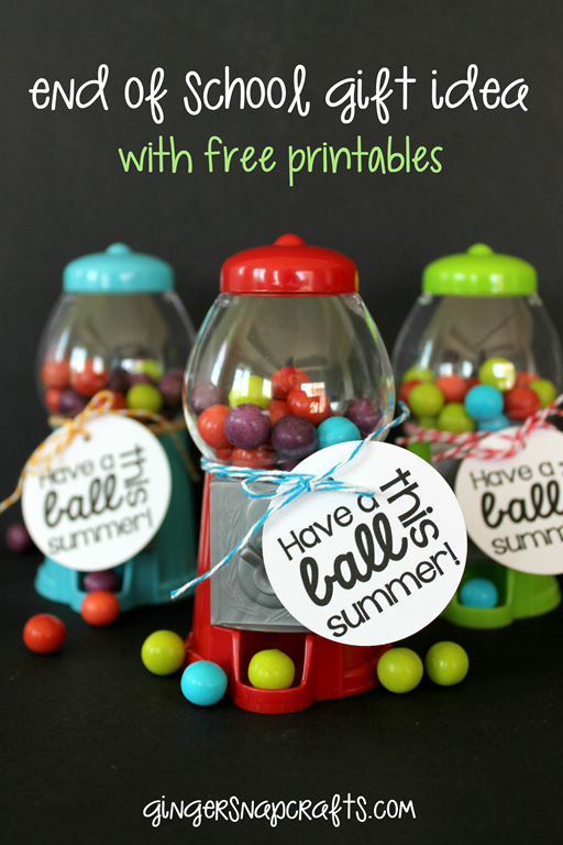 Mini Gumball Machine End of School Gift Idea with free printables at GingerSnapCrafts.com #printable #giftidea