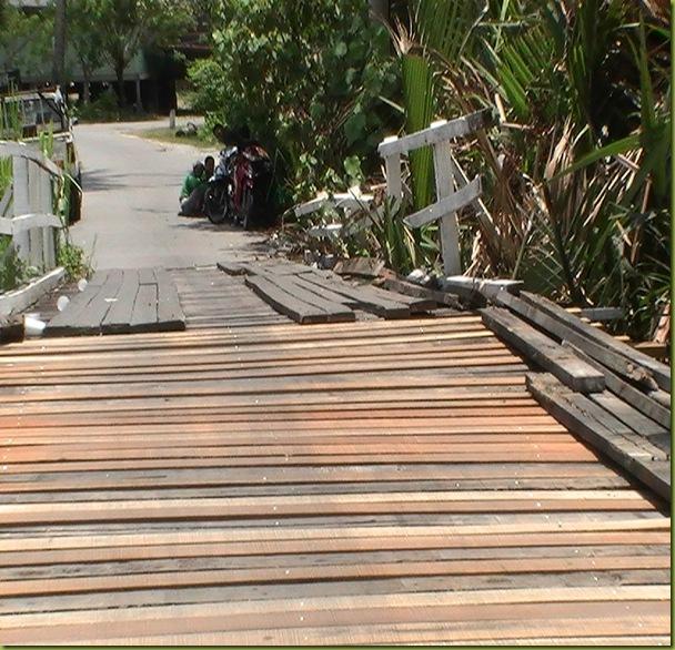 jambatan lama