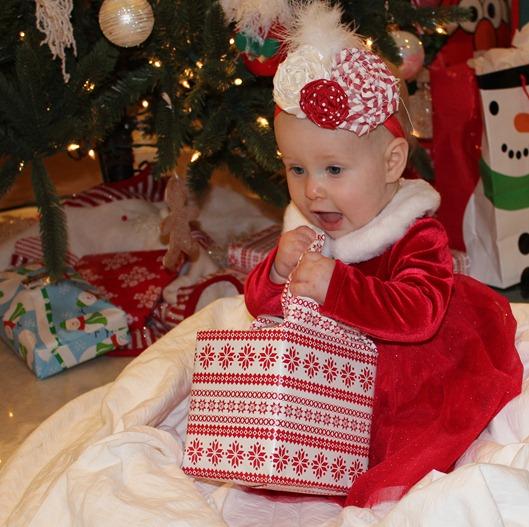 CHRISTMAS 2011 130-1