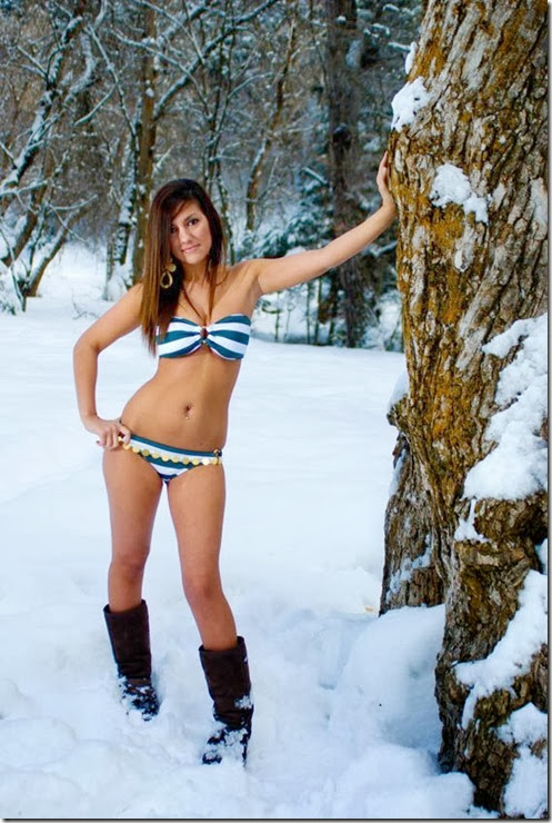 bikini-bridge-snow-067