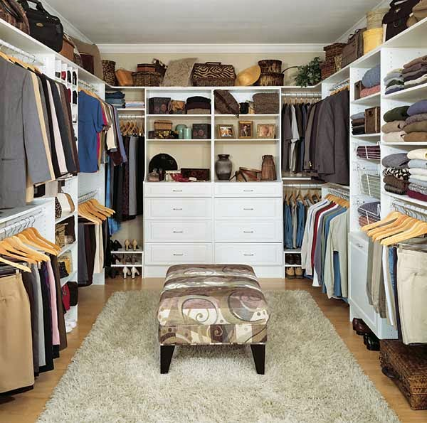Walk in closet designs casual cottage for Designs for walk in closets