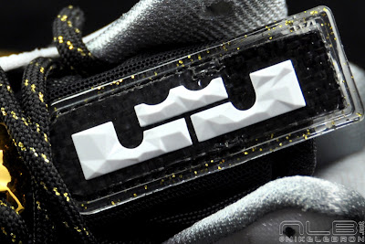 lebron10 ps elite white gold 51 web black The Showcase: Nike LeBron X P.S. Elite+ White & Gold