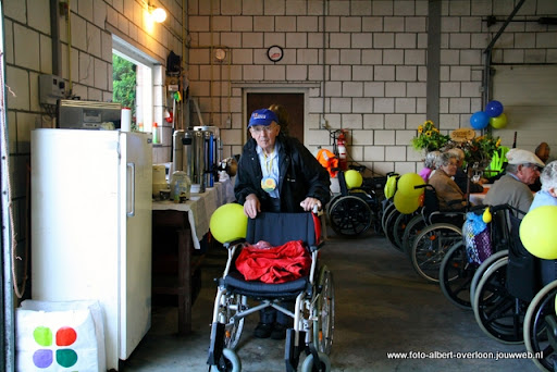 rolstoeldriedaagse dag 2 06-07-2011 (52).JPG