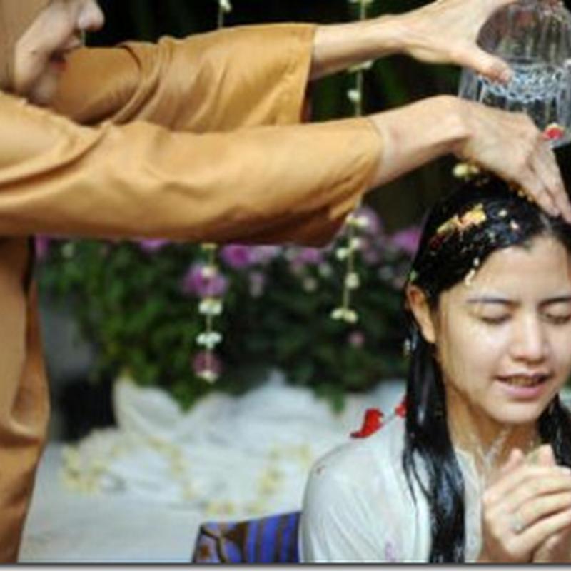 Bakal pengantin baru , Lisa Surihani mandi bunga dan khatam Al- Quran