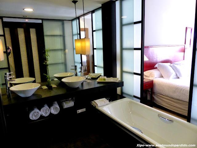 baño-habitacion-asia-gardens.JPG